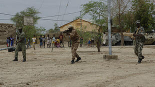Soldados do exército malinês durante operação de treino