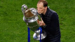 La joie de l'entraîneur allemand de Chelsea, Thomas Tuchel, vainqueur (1-0) de Manchester City, en finale de la Ligue des Champions, le 29 mai 2021 au stade Dragao à Porto