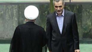 حسین فریدون، برادر حسن روحانی، رییسجمهوری اسلامی ایران، بدلیل دریافت رشوه به پنج سال حبس محکوم شد