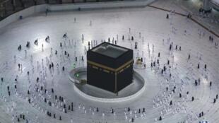 Depuis dimanche matin 4 octobre, le petit pèlerinage des musulmans, la Omra, a repris.