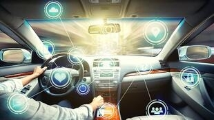 L'industrie automobile s'intéresse de très près à la cybersécurité des voitures connectées.