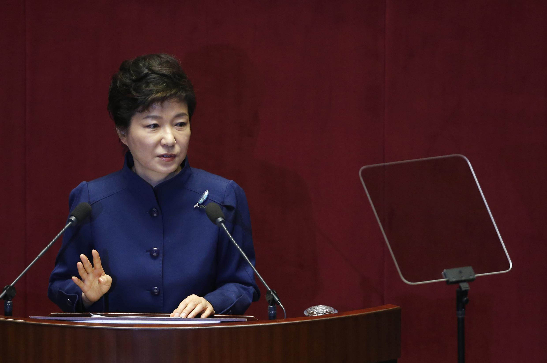 Park Geun-hye, a atual presidente da Coreia do Sul, pediu moderação para evitar atritos com os países vizinhos.