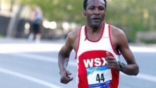 Tesfaye Assefa, etíope que venceu a corrida de S. Silvestre em Luanda em 2012