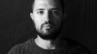 El artista colombiano Alejandro Tobón