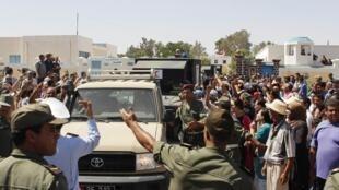 Funérailles d'un soldat tunisien tué lundi 29 juillet près de Kasserine.