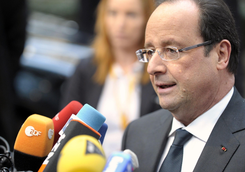 O Presidente francês, François Hollande, durante coletiva em Bruxelas nesta quinta-feira.
