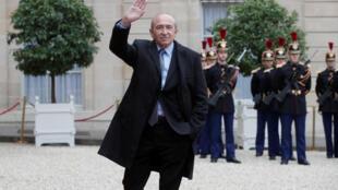 Глава МВД Франции Жерар Колломб
