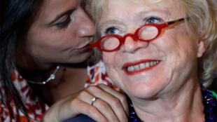 Eva Joly obtuvo el 49,75% de votos en la primera vuelta de las primarias del partido Europe Ecologie, el 29 de junio de 2011