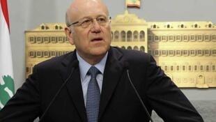 Najib Mikati, durante la conferencia de prensa el 30 de junio de 2011 en Beirut.