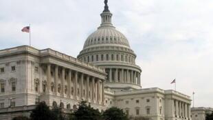 Câmara dos Senadores, o Capitólio dos Estados Unidos em Washington.