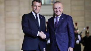 Le président Emmanuel Macron accueille son homologue albanais Ilir Meta à l'Élysée, le 11 novembre 2019.
