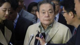 Le président du géant des télécommunications sud-coréen, Lee Kun-hee, en 2012 à Las Vegas.