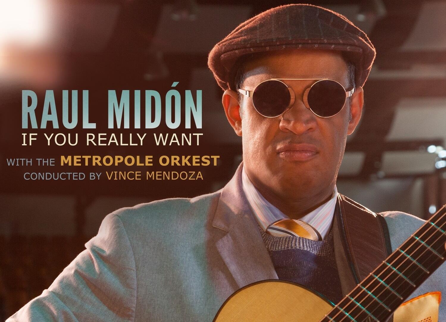Raúl Midón en la portada de uno de sus disco