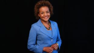 Michaëlle Jean succède à Abdou Diouf à la tête de l'Organisation internationale de la Francophonie.