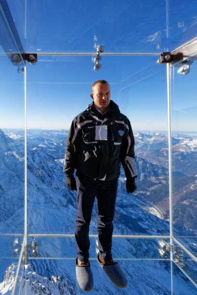 """負責修建新景點""""跨入懸空""""的法國勃朗峰集團的負責人德沙瓦納(Mathieu Dechavannne)先生"""