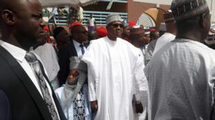 Le président sortant Muhammadu Buhari avait dû démentir être un clone (ici, le 15 février 2019).
