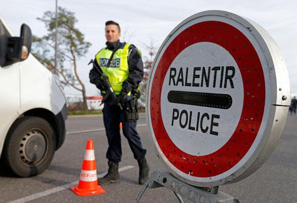 Полицейский контроль на границе Франции и Германии, ноябрь 2015 г.