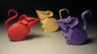 Souris en origami.