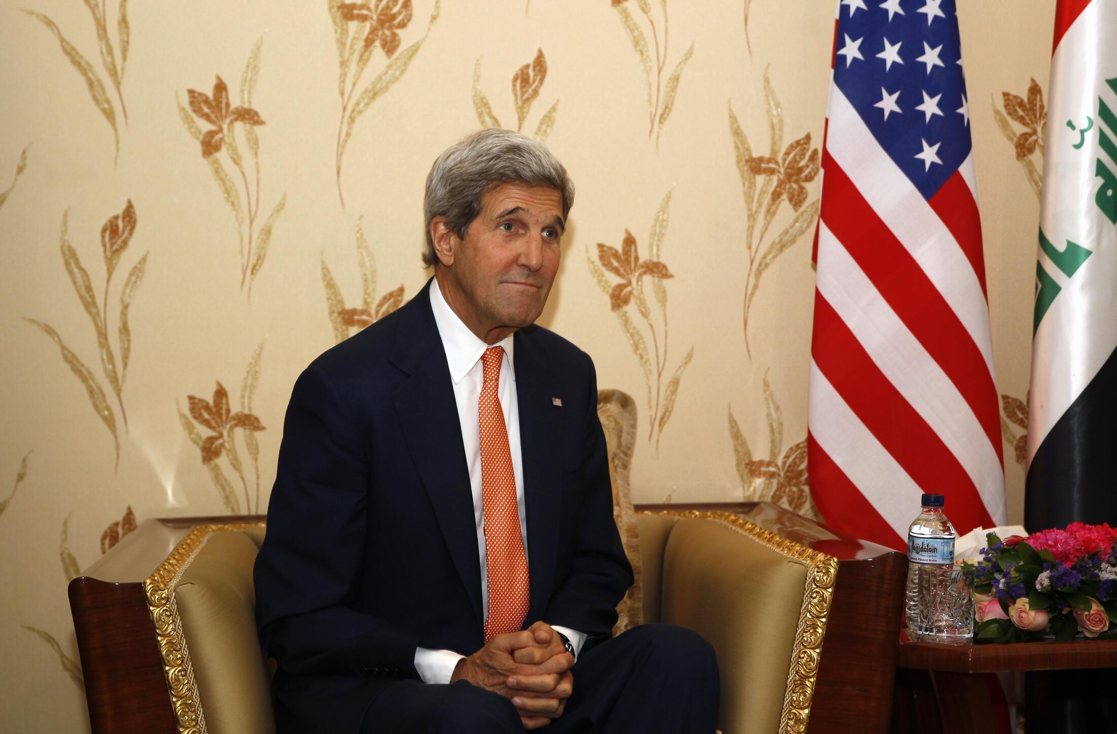 Le secrétaire d'Etat américain John Kerry à Bagdad, le 23 juin 2014.