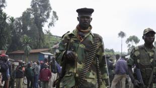 Des rebelles du M23 à Karuba, à l'ouest de Goma, le 28 novembre 2012.
