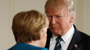 Дональд Трамп и Ангела Меркель после пресс-конференции в Вашингтоне, 17 марта 2017