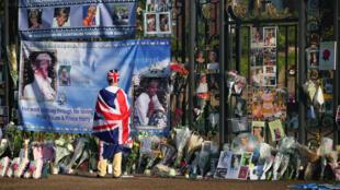 Memorial delante de Kensington Palace, Londres, este 31 de agosto de 2017.