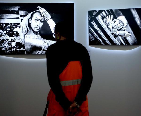 """A exposição de fotos """"Être beau"""", """"Ser Belo"""", em português, sobre a beleza e as pessoas portadoras de deficiência, abre suas portas no Musée de l'Homme, à Paris, em 3 de dezembro de 2019."""