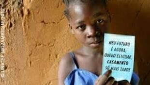 Os casamentos prematuros continuam a ser um problema em Moçambique