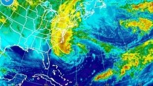 Bản đồ di chuyển của bão Sandy, khu vực bờ phía đông Hoa Kỳ, 28/10/2012