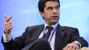 O ministro das Finanças de Portugal, Vitor Gaspar, anunciou um plano orçamentário para os próximos quatro anos.
