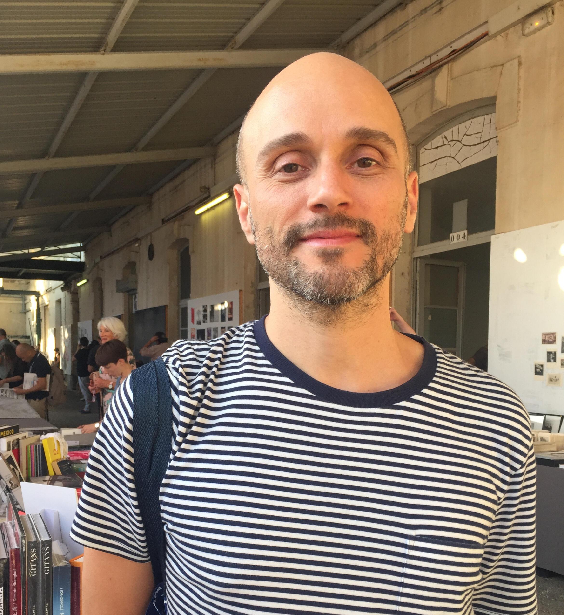 Thyago Nogueira, coordenador da área de fotografia contemporânea do Instituto Moreira Salles