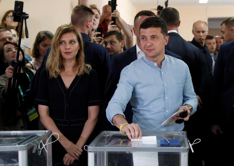 Владимир Зеленский вместе с женой проголосовали на парламентских выборах. 21 июля 2019