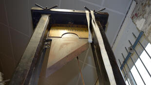 The guillotine awaiting auction in Nantes
