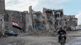 Des bâtiments dévastés de la vieille ville de Mossoul, dans le nord de l'Irak, le 21 avril 2019.
