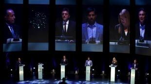 Daniel Scioli, le dauphin désigné de la présidente péroniste Cristina Kirchner, est le favori de la présidentielle argentine n'a pas participé au premier débat présidentiel. Buenos Aires, le 4 octobre de 2015.