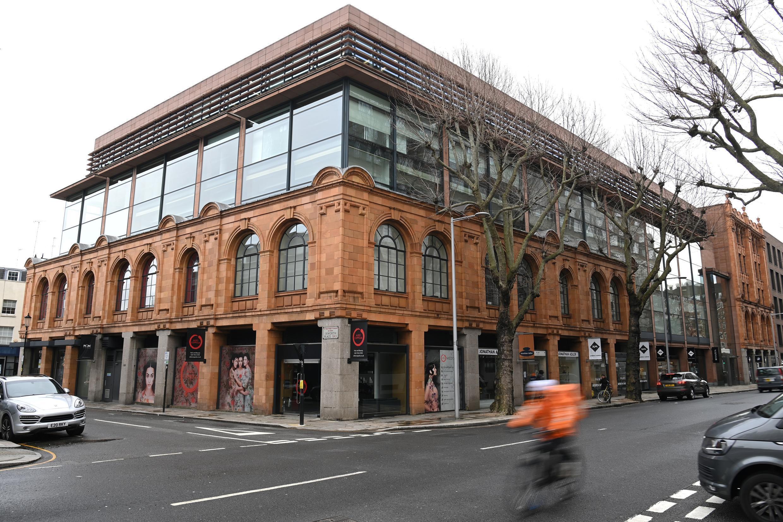 Le bâtiment situé au 60 Sloane Square, à l'est de Londres, propriété de l'Église, est au coeur du procès qui s'ouvre au Vatican.