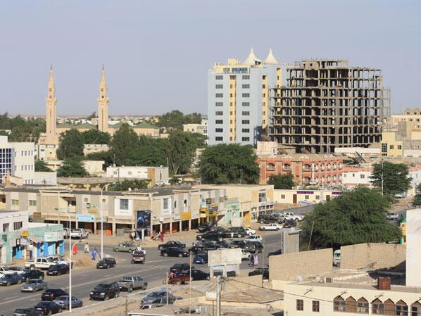 Umati wa wafuasi walikuja kumlaki Moustapha Ould Limam Chafi kwenye uwanja wa ndege wa kimataifa wa Nouakchott Jumapili Oktoba 18, 2020.