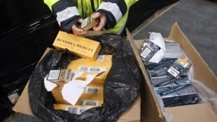 Cigarettes de contrebande saisies par les douanes.