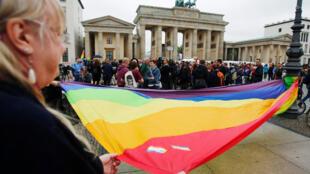 L'hommage arc-en-ciel à Berlin.
