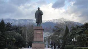 Tượng Lênin ở Yalta (Crimée).