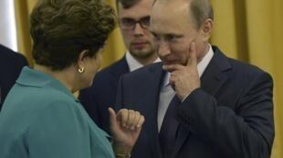 Dilma já almoçou com Putin no domingo, em recepção para os chefes de Estado presentes na final da Copa do Mundo.