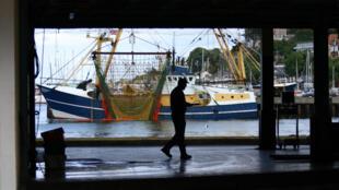 Près de 60% des captures effectuées dans la zone économique exclusive britannique sont faites par les flottes d'autres pays de l'Union européenne.