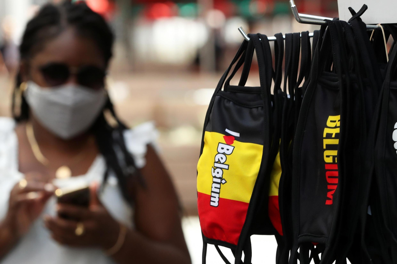 Le port du masque est obligatoire dans de nombreux endroits en Belgique, pays durement touché par l'épidémie de Covid-19.