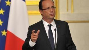 O presidente francês, François Hollande, durante coletiva de imprensa nesta terça-feira quando anunciou a expulsão dos diplomatas sírios da França.