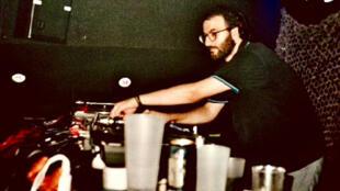 Le Dj, producteur et musicien Driss Bennis à L'Oasis Festival Marrakech.