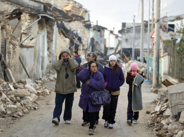 Em Áquila, o terremoto deixou 300 mortos