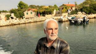Slavko Bacic, l'un des 10 000 pêcheurs croates qui, à compter du 1er janvier 2015, n'aura plus le droit de jeter ses filets pour sa consommation personnelle.