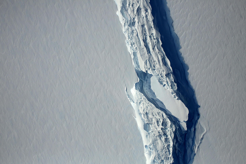 Foto aérea do iceberg, vista por um satélite da Nasa