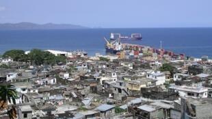Mutsamudu, capitale d'Anjouan aux Comores.