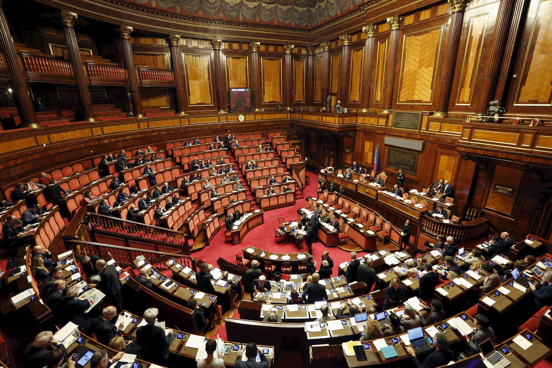 Senado italiano começa hoje debate sobre lei que autoriza a união gay no país.